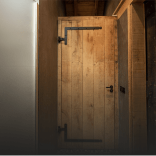 Ramen en deuren van eikenhout